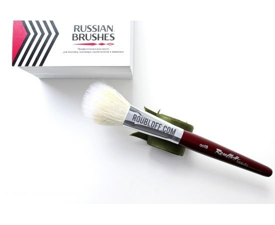 qo18 - Duo-fiber oval brush from goat and synthetic